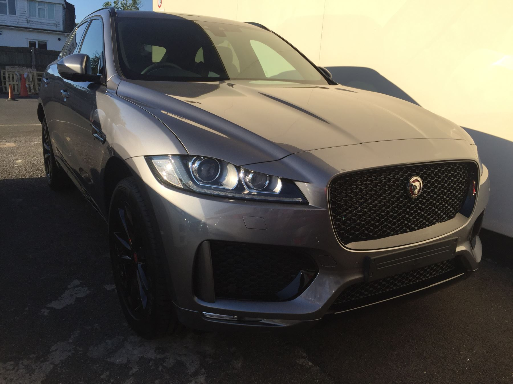 Jaguar F-PACE 2.0d 240 Chequered Flag AWD SPECIAL EDITION Diesel Automatic 5 door Estate (2020)